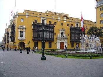 Comentarios a la Ley Orgánica de Municipalidades del Perú